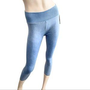 Splendid sky blue cropped moto style leggings- M
